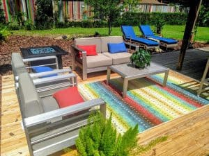 formal outdoor sitting area