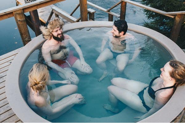 how to use hot tub in winter