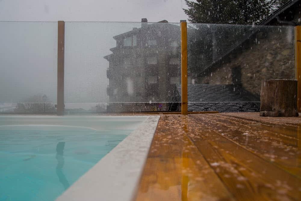 hot tub in the rain