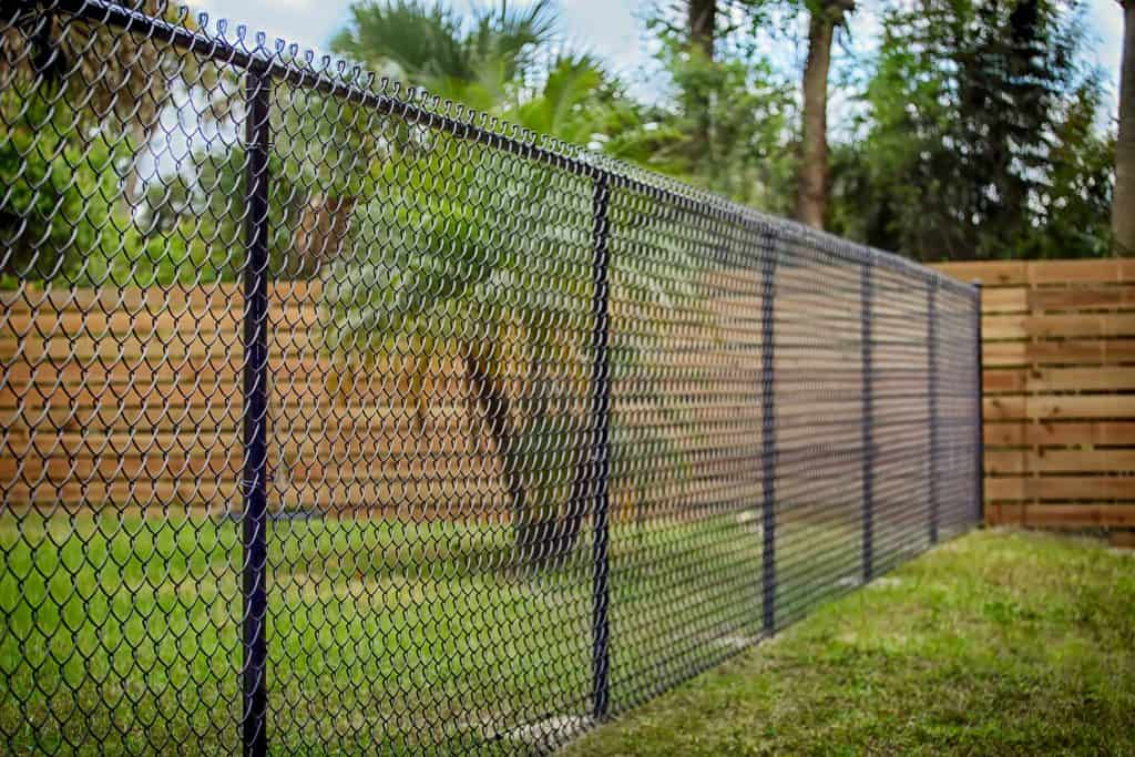how much is chain link fencing