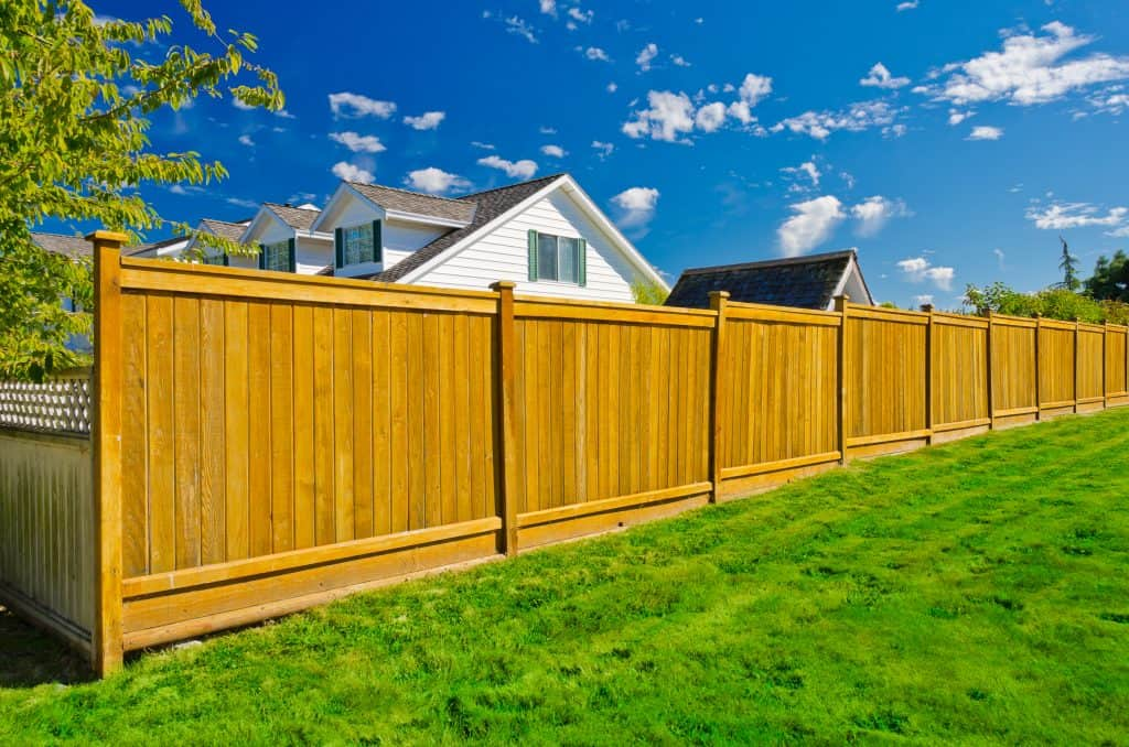 how much does fencing cost