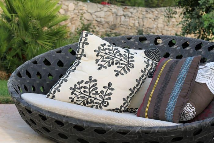 Outdoor Cushions If They Get Wet, Can Outdoor Seat Cushions Get Wet